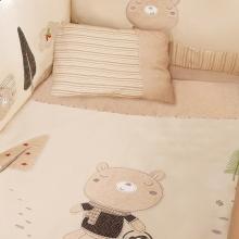 婴儿床上用品套装 - 探险小熊