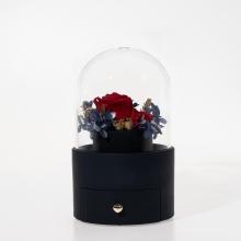 宝蓝色永生花珠宝盒